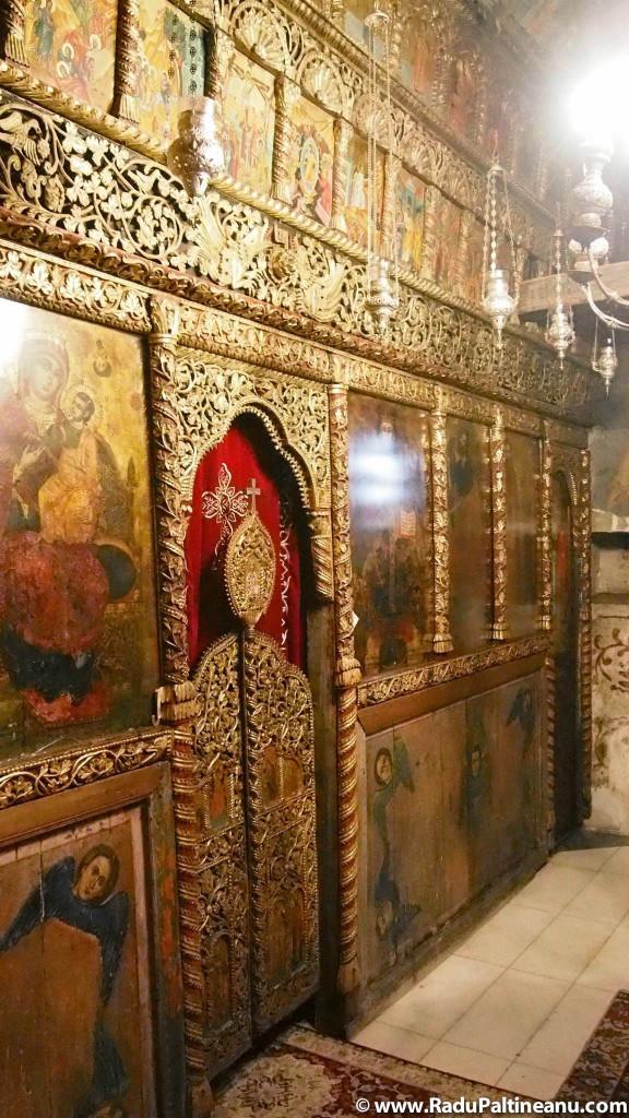 Altarul bisericii mănăstirii sfântului Naum.
