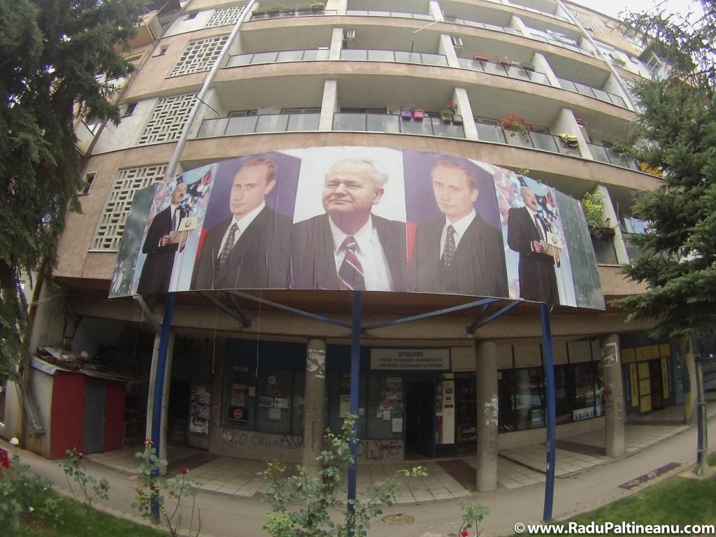 Pe malul sârbesc, Miloșevici, Putin și Lukașenco sunt venerați.